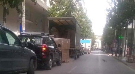Τα… έψαλε ο Καλογιάννης σε οδηγό για παράνομη στάθμευση στο κέντρο της Λάρισας