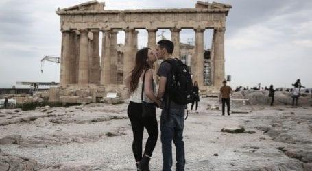 Μεγάλη αύξηση των τουριστών το πρώτο 7μηνο του 2018