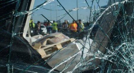 Οδηγός παρέσυρε μηχανή στο κέντρο της Αθήνας και εγκατέλειψε τα θύματα που πέθαναν
