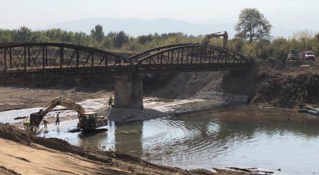 Σε πλήρη εξέλιξη αντιπλημμυρικά έργα και καθαρισμοί ποταμών και ρεμάτων από την Περιφέρεια Θεσσαλίας