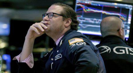 Βαριές απώλειες στη Wall Street και επίθεση Τραμπ σε στελέχη της Fed που έχουν «τρελαθεί»