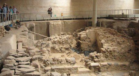 Ανεκτίμητοι θησαυροί στην «Οικία των Θρανίων» στο προϊστορικό Ακρωτήρι Θήρας