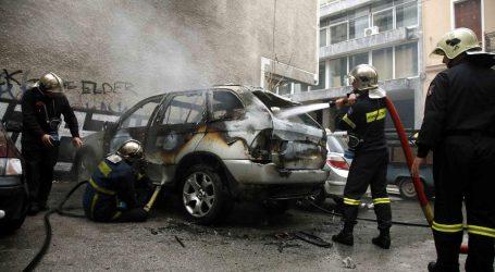 Στις φλόγες δύο αυτοκίνητα τη νύχτα στη Λητή της Θεσσαλονίκης