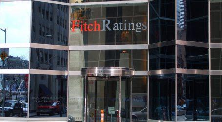 Σημαντικούς κινδύνους διαβλέπει στην Ιταλία ο οίκος Fitch