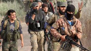 Συνασπισμός αντάρτικων οργανώσεων διαψεύδει ότι απέσυρε βαρέα όπλα από την Ιντλίμπ
