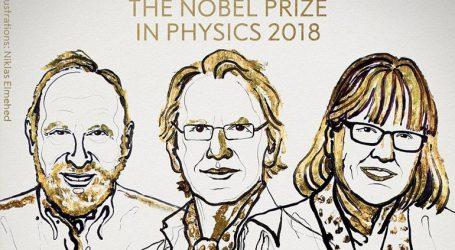 Τρεις επιστήμονες μοιράζονται το βραβείο Νόμπελ Φυσικής