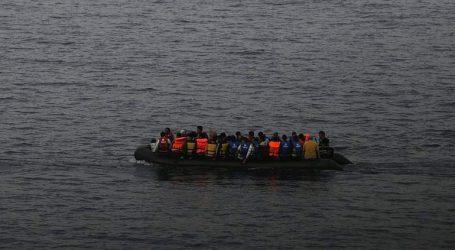 Τουλάχιστον 11 νεκροί από τη βύθιση πλοιαρίου που μετέφερε μετανάστες