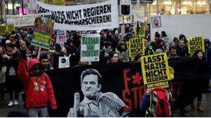 Μεγάλη διαδήλωση εναντίον της κυβέρνησης συνασπισμού δεξιάς-ακροδεξιάς