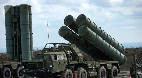 Συμφωνία ύψους 5,4 δις δολαρίων για την αγορά πυραύλων S-400 υπέγραψαν Ρωσία και Ινδία