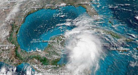 ΗΠΑ: Ο κυκλώνας Μάικλ ενισχύθηκε στην κατηγορία 2