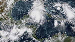Σε κυκλώνα κατηγορίας 4 αναβαθμίστηκε ο «Μάικλ»