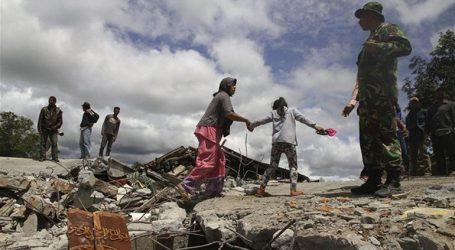 Οι αρχές της Ινδονησίας δίνουν εντολή για τον τερματισμό των ερευνών για αγνοούμενους από τον σεισμό