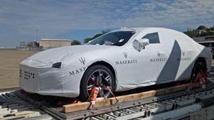 Σάλος στην Παπούα-Νέα Γουινέα: Ενώ η χώρα μαστίζεται από την πείνα, η κυβέρνηση αγόρασε 40 Maserati