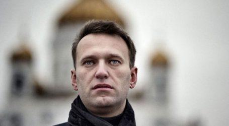 Αποφυλακίσθηκε ο Αλ. Ναβάλνι έχοντας εκτίσει την ποινή του για συμμετοχή και κάλεσμα σε παράνομες διαδηλώσεις