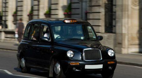 Στους δρόμους του Παρισιού θα κυκλοφορήσουν το 2019 τα μαύρα ταξί του Λονδίνου