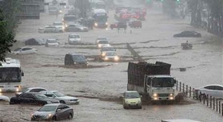 14 νεκροί από σφοδρές βροχοπτώσεις