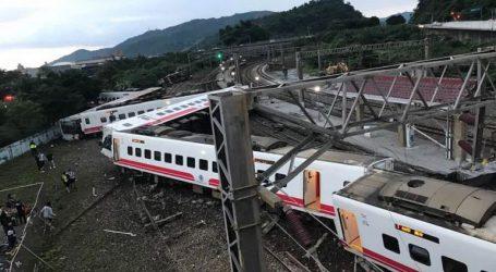 Τουλάχιστον 17 άνθρωποι σκοτώθηκαν από εκροχιασμό τρένου