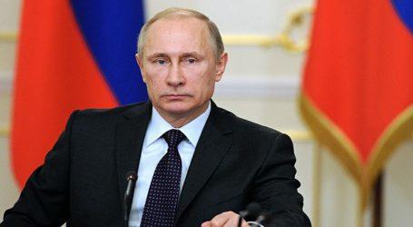 Ο Πούτιν θα ζητήσει εξηγήσεις από τις ΗΠΑ για τα σχέδια να αποσυρθεί από την συνθήκη για τον έλεγχο των εξοπλισμών