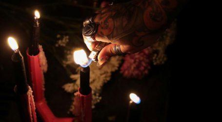 Μάγισσες στη Νέα Υόρκη καταράστηκαν τον Κάβανο σε τελετή που μεταδόθηκε ζωντανά από το Facebook