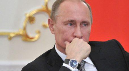 Η Ρωσία δεν αλλάζει θέση στο θέμα της ονομασίας της χώρας