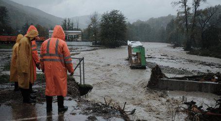 Έξι νεκροί στη νότια Ρωσία από πλημμύρες και κατολισθήσεις