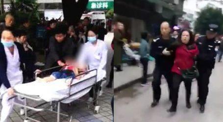 Γυναίκα εισέβαλε σε παιδικό σταθμό και μαχαίρωσε 14 μαθητές