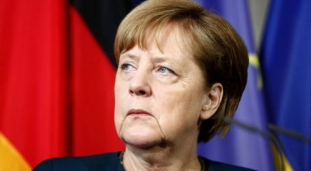 «Tο Βερολίνο αναστέλλει τις πωλήσεις όπλων στο Ριάντ»