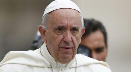 Ο Πάπας Φραγκίσκος καταδίκασε την αιματηρή επίθεση στο Πίτσμπεργκ