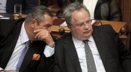 Οι κυβερνήσεις πέφτουν μέσα στη Βουλή