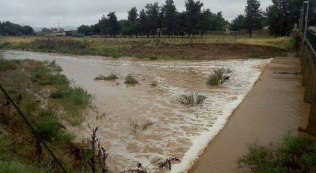 Αποκαθιστά ζημιές από καιρικά φαινόμενα στα Φάρσαλα η Περιφέρεια