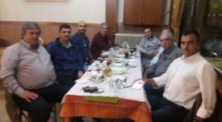 Όρισε συντονιστική επιτροπή ο Μαμάκος και καλεί Καραλαριώτου για διάλογο