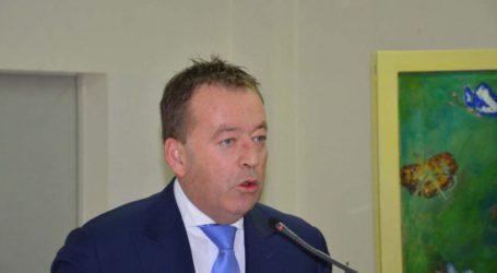 Με επιστολή θα δώσει ψήφο εμπιστοσύνης στην κυβέρνηση ο Κόκκαλης
