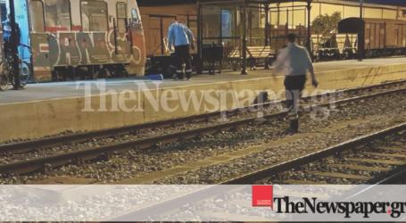 Κατέρρευσε μετά από καβγά επιβάτης του τρένου για Λάρισα – Το επεισόδιο τον έστειλε στο νοσοκομείο (φωτο)