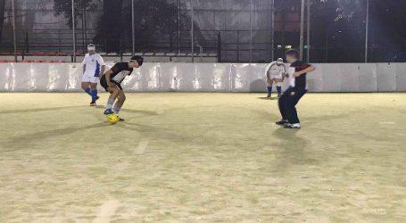 Οι ποδοσφαιριστές στη Θεσσαλονίκη που πετυχαίνουν γκολ στο… σκοτάδι