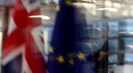 «Η συμφωνία Λονδίνου – ΕΕ ίσως βλάψει το εμπόριο μεταξύ ΗΠΑ και Βρετανίας»