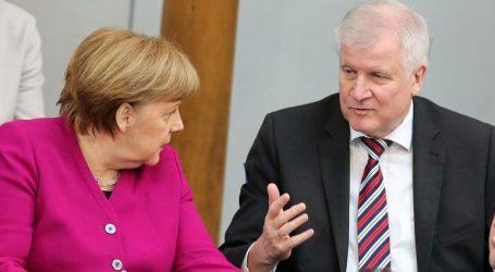 Τι θα κάνει ο Ζεεχόφερ μετά τις αποφάσεις Μέρκελ;