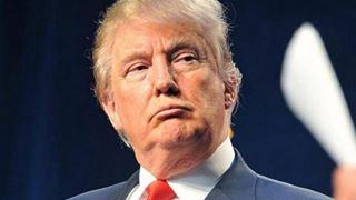 Δημοκρατικοί και Ρεπουμπλικάνοι επικρίνουν μια «ρατσιστική» πολιτική διαφήμιση που προωθεί το επιτελείο του Ντ. Τραμπ