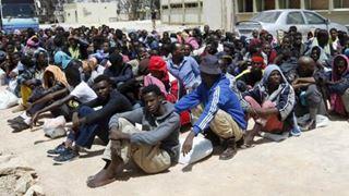 Εκατοντάδες χιλιάδες νέους μετανάστες σχεδιάζει να δεχθεί η χώρα
