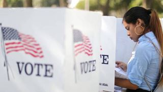 Οι ισπανόφωνοι ενδιαφέρονται για τις ενδιάμεσες εκλογές