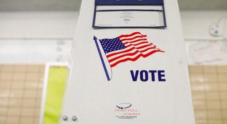 Έκλεισαν όλα τα εκλογικά κέντρα στις ΗΠΑ