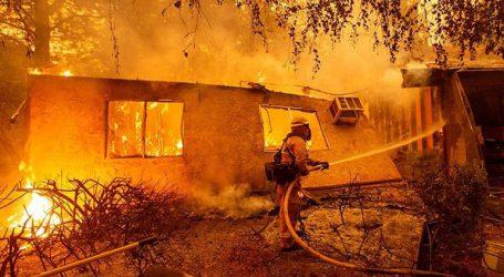 Τουλάχιστον 9 νεκροί από την πυρκαγιά στη βόρεια Καλιφόρνια