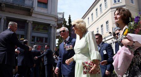 Η Καμίλα αποκαλύπτει – Ποιος είναι ο πρίγκιπας Κάρολος πίσω από τις κλειστές πόρτες