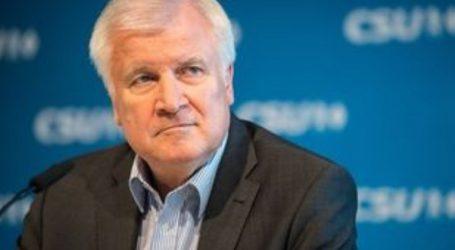 Ο Ζεεχόφερ θέλει να παραιτηθεί από την ηγεσία των Χριστιανοκοινωνιστών