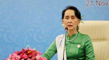 Η Διεθνής Αμνηστία αφαίρεσε το βραβείο «Πρέσβειρα Συνείδησης» από την ηγέτιδα Αούνγκ Σαν Σου Κι