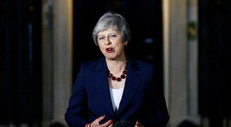 Η Μέι στερείται πλέον κύρους για να φέρει εις πέρας το Brexit