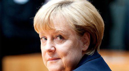 Υπέρ της ολοκλήρωσης της θητείας της καγκελαρίου Μέρκελ τάσσεται η πλειοψηφία των Γερμανών