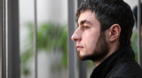 Καταδικάστηκε σε κάθειρξη 14 ετών επειδή έκοψε τα χέρια της γυναίκας του με τσεκούρι