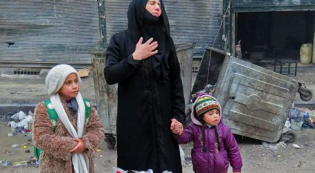 Εκατοντάδες γυναίκες και παιδιά εγκλωβισμένοι σε στρατόπεδα στην ανατολική Συρία