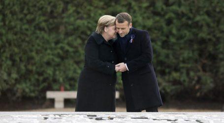 Αλλαγή στάσης Μακρόν έναντι Μέρκελ εν όψει ευρωεκλογών