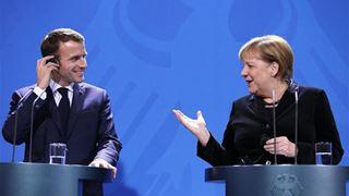 Έκκληση Μακρόν σε Μέρκελ για επανίδρυση της Ευρώπης